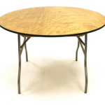 4 ft round Tables £4.50,       3' round cake tables £3.50