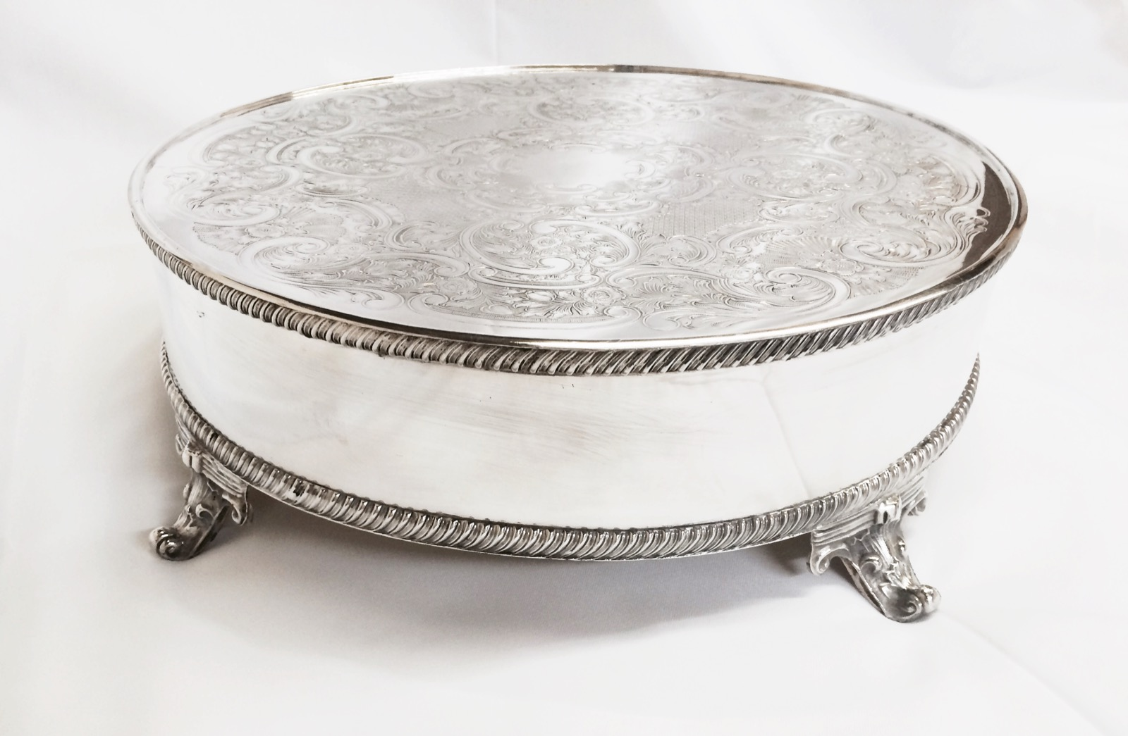 Round Silver Wedding Cake Stands Uk